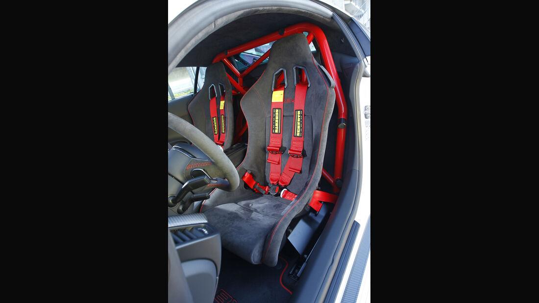 Audi R8 GT, Sitz