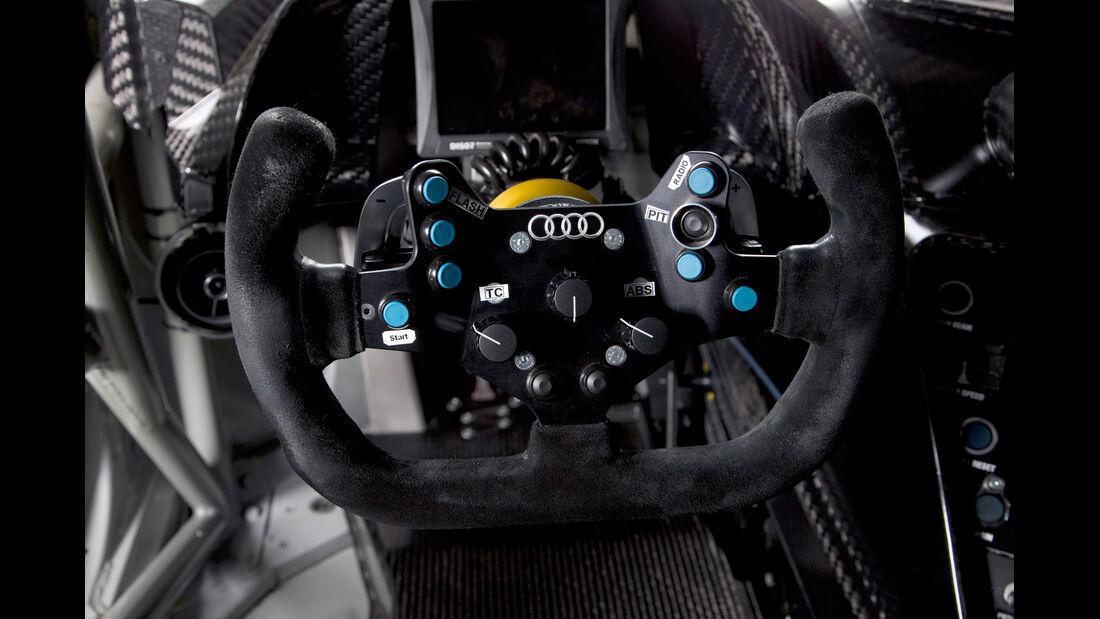 Audi R8 LMS GT3, Lenkrad