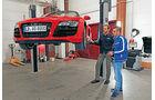 Audi R8 Spyder 5.2 FSI Quattro, Hebebühne