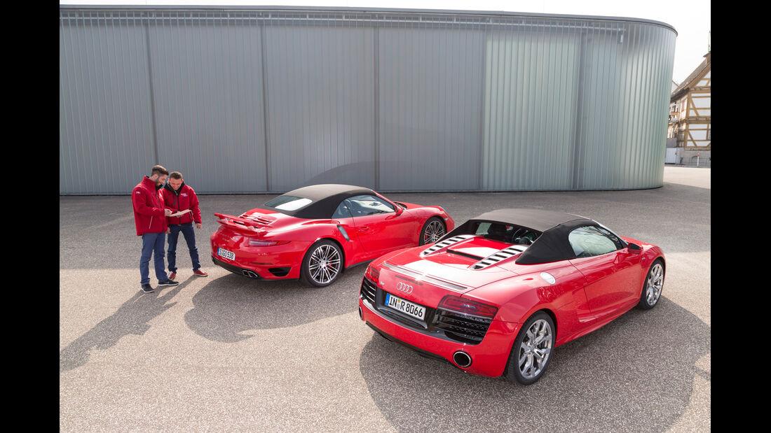 Audi R8 Spyder 5.2 FSI Quattro, Porsche 911 Turbo Cabriolet,
