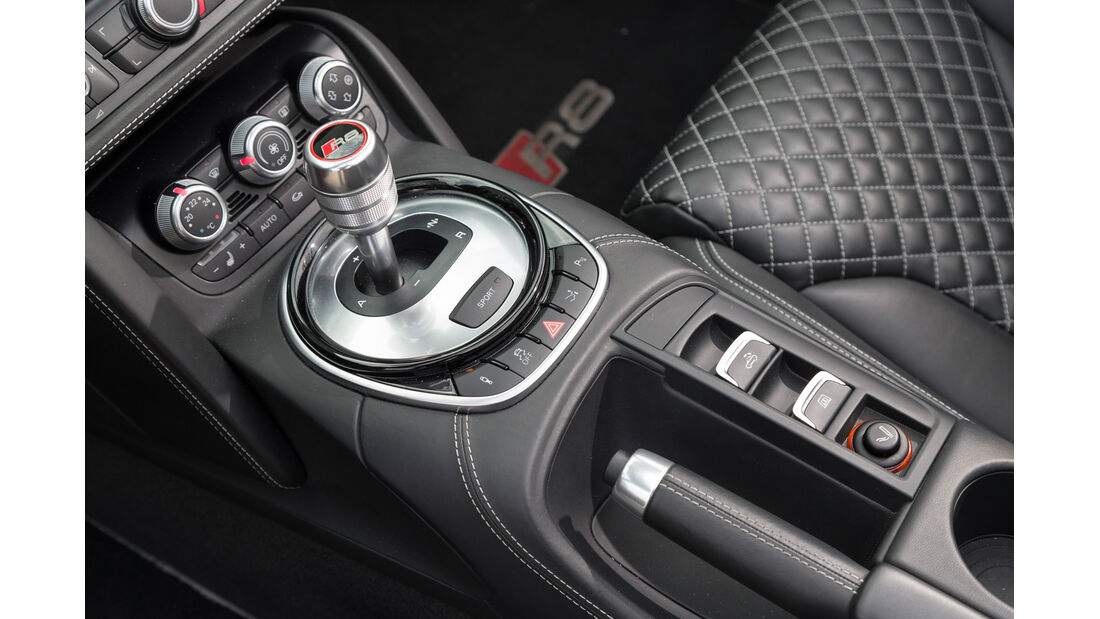 Audi R8 Spyder 5.2 FSI Quattro, Schalthebel