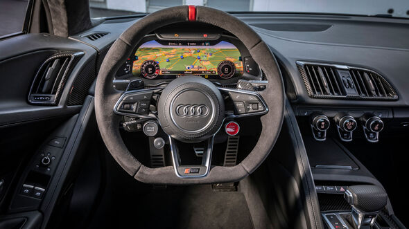Audi R8 V10 Performance, Cockpit