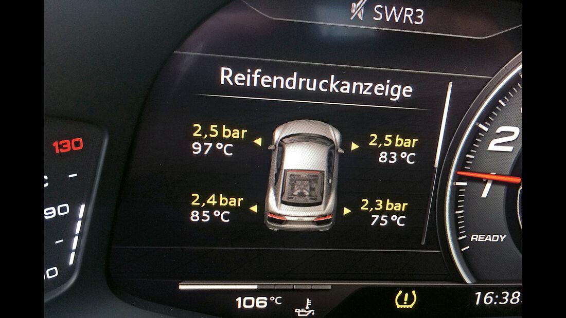 Audi R8 V10 Plus, Infotainment, Anzeige