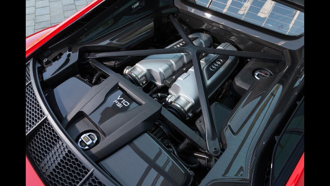 Audi R8 V10 Plus, Motor