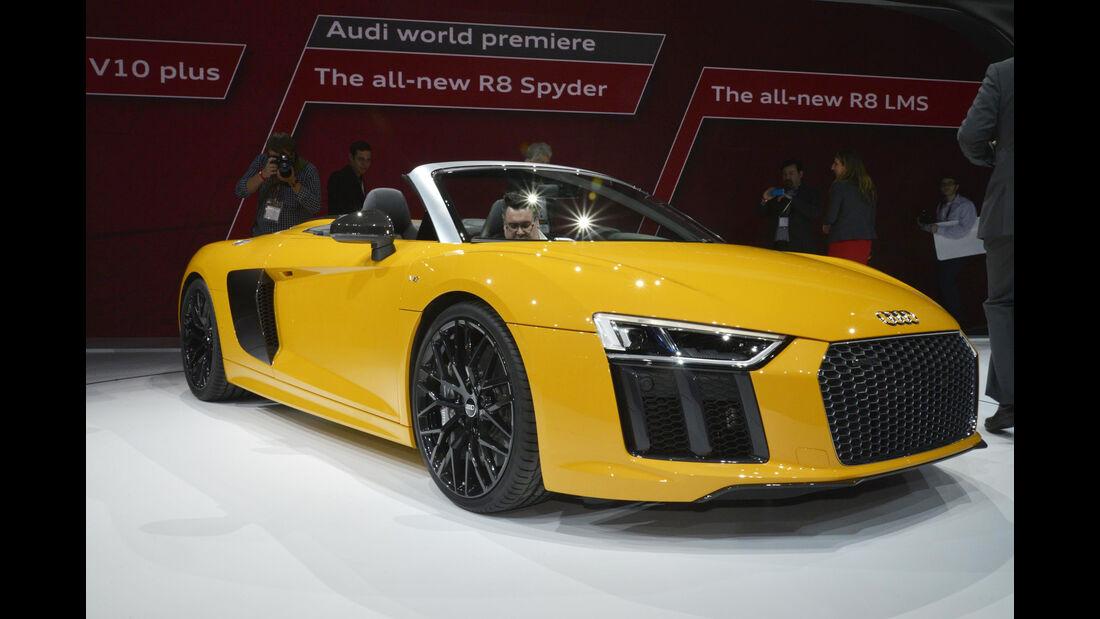 Audi R8 V10 Spyder, Front