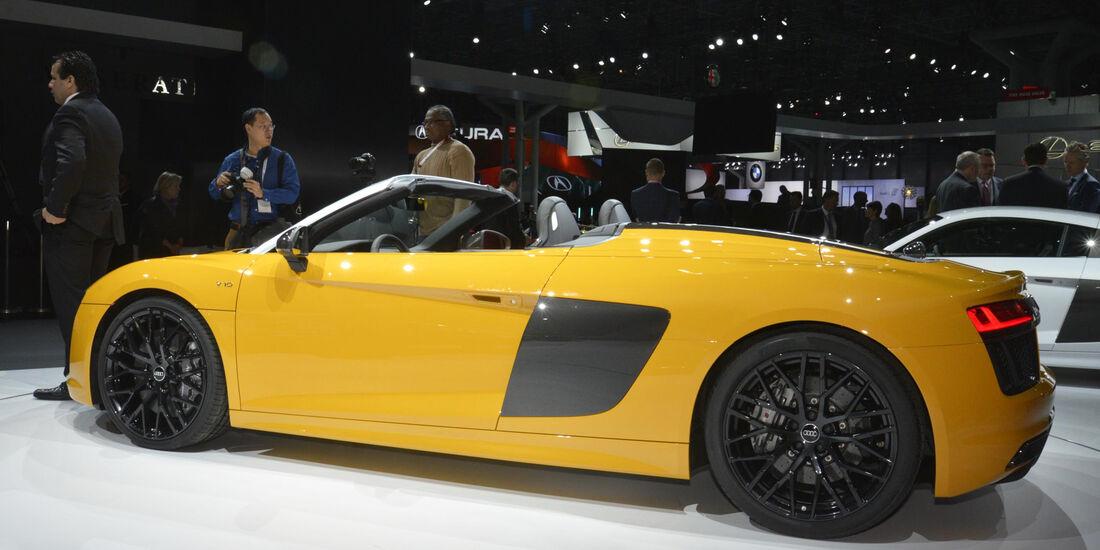 Audi R8 V10 Spyder, Seite