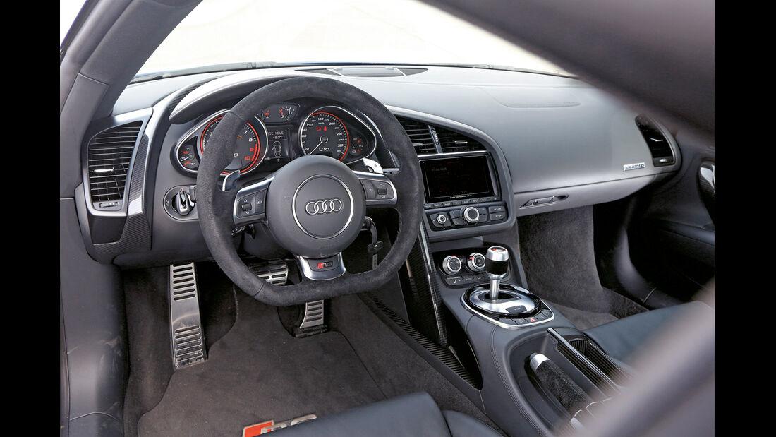 Audi R8 V10 plus 5.2 FSI, Cockpit, Lenkrad