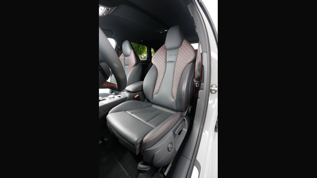 Audi RS 3 Sportback, Fahrersitz