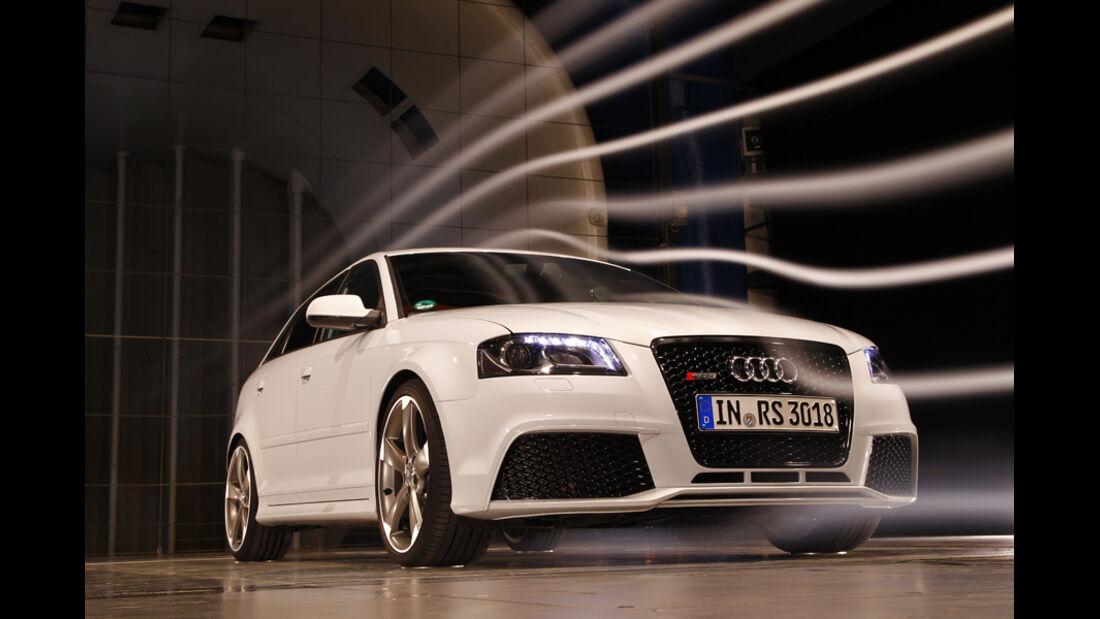 Audi RS 3 Sportback, Frontansicht, Windkanal
