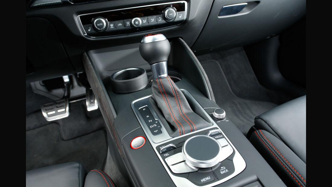 Audi RS 3 Sportback, Schalthebel