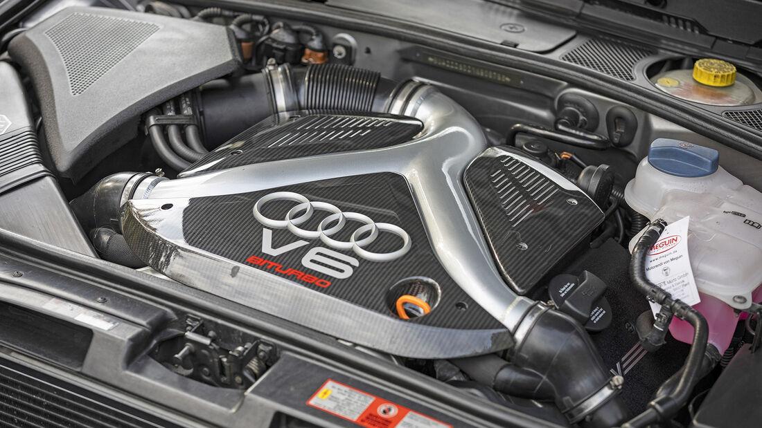 Audi RS 4 (B5), Motor