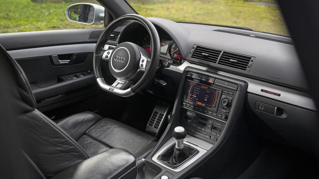 Audi RS 4 (B7), Interieur