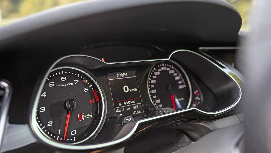 Audi RS 4 (B8), Interieur