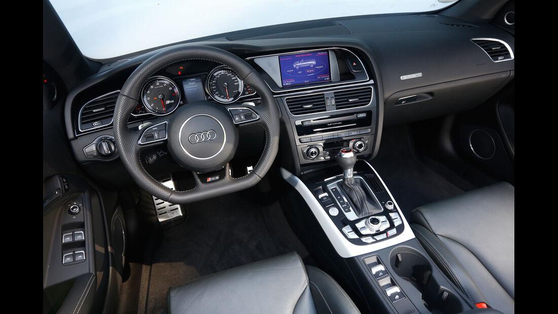 Audi RS 5, Cockpit