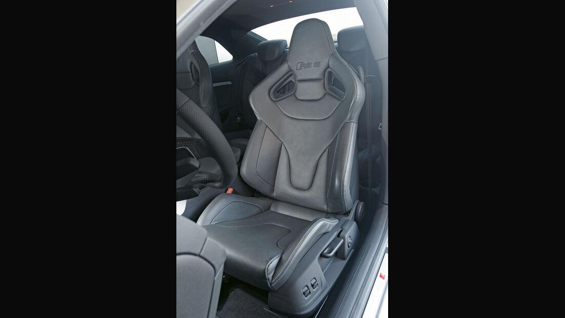 Audi RS 5 Coupé, Fahrersitz