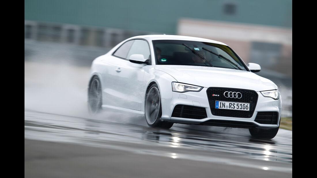 Audi RS 5 Coupé, Frontansicht, Driften