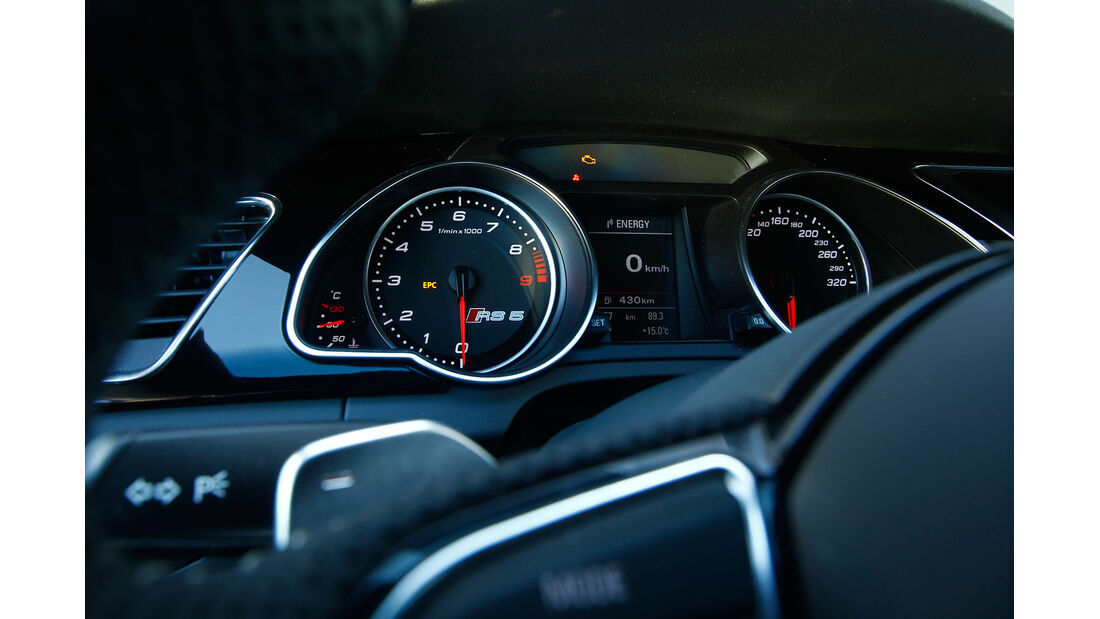 Audi RS 5 Coupé, Lenkrad, Rundinstrument