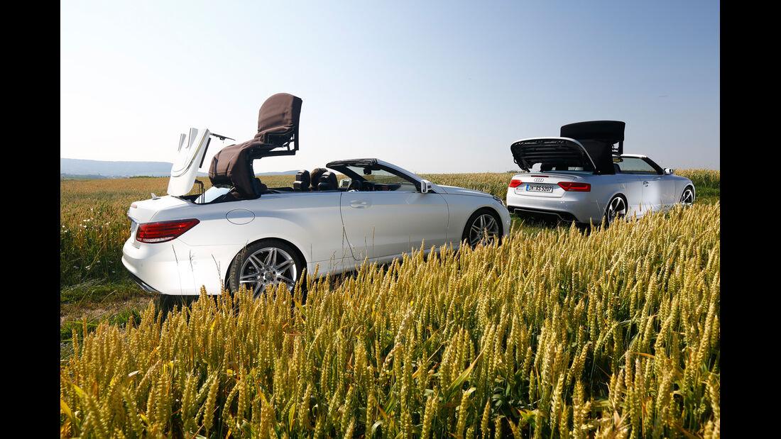 Audi RS 5, Mercedes E 500 Cabriolet, Seitenansicht, Verdeck öffnet