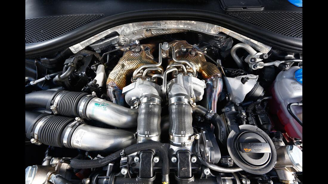 Audi RS 6 Avant, Motor