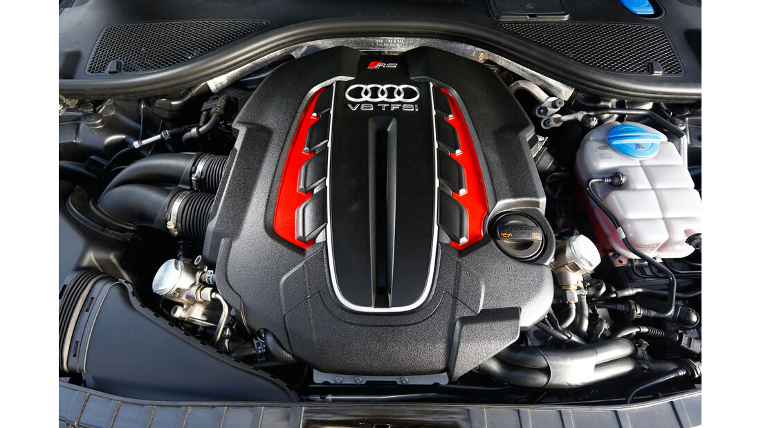 Audi RS 6 Avant, Motor, Abdeckung