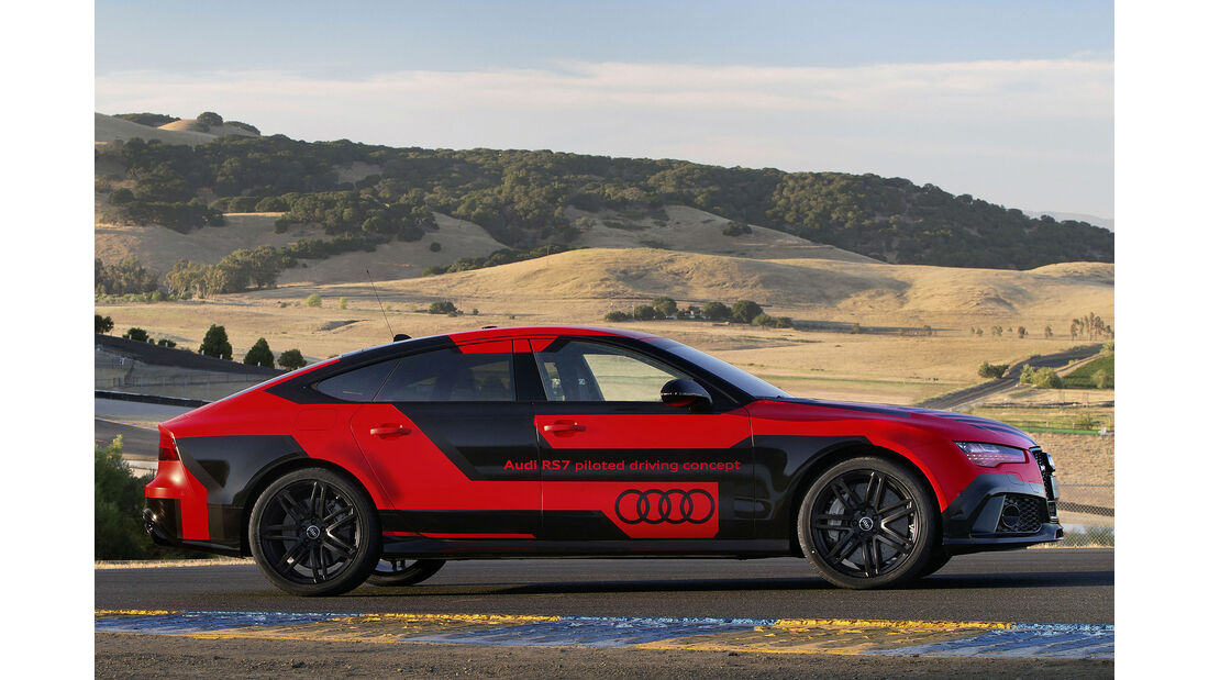 """Audi RS 7 piloted driving concept (2015 """"Robby"""")"""