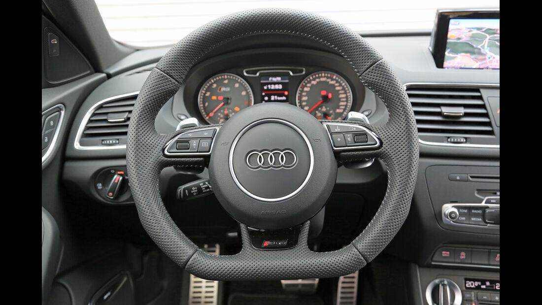 Audi RS Q3, Lenkrad, Rundinstrumente