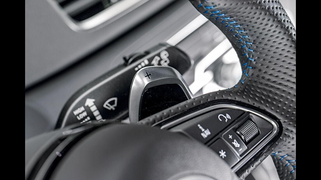 Audi RS Q3 Performance, Schaltwippe