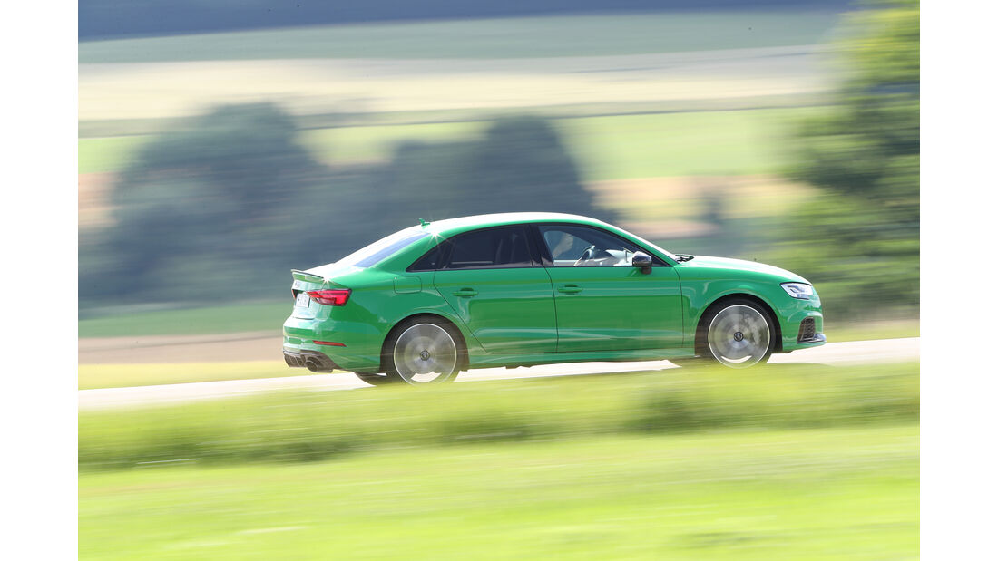 Audi RS3, Beifahrerseite