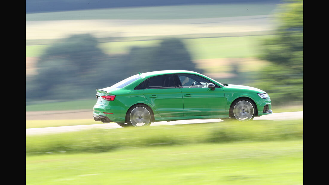 Audi RS3, Beifahrerseite