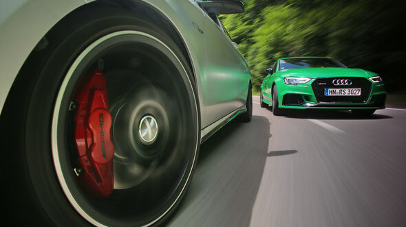 Audi RS3, Mercedes-AMG CLA 43, Front Vogelperspektive