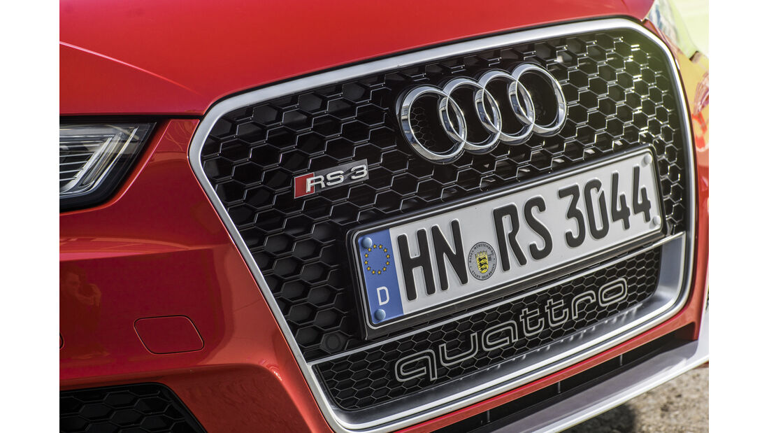 Audi RS3 Sportback 2015, Kuehlergrill