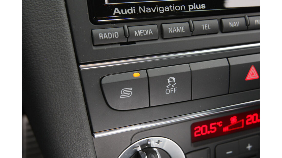 Audi RS3 Sportback, Detail, Radiosystem