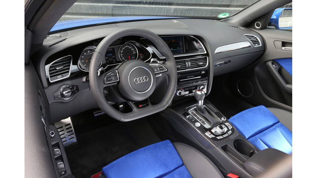 Audi RS4 Avant, Cockpit
