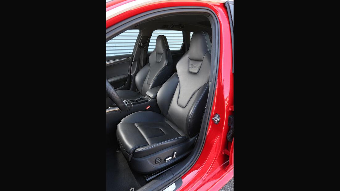 Audi RS4 Avant, Fahrersitz
