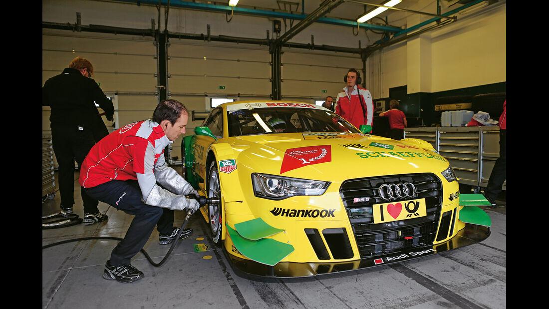Audi RS5 DTM, Frontansicht, Box