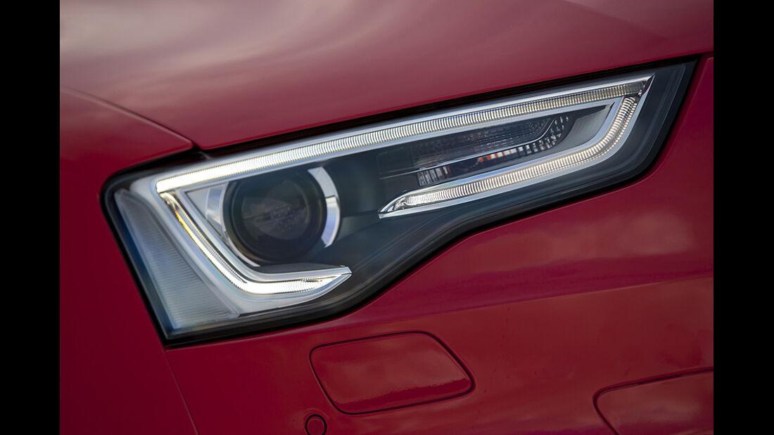 Audi RS5, Scheinwerfer