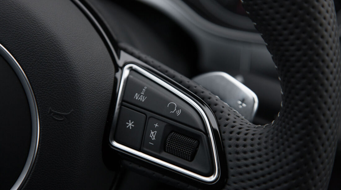 Audi RS6 Avant, Lenkrad, Bedienelemente