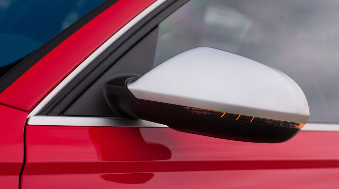 Audi RS6 Avant, Seitenspiegel