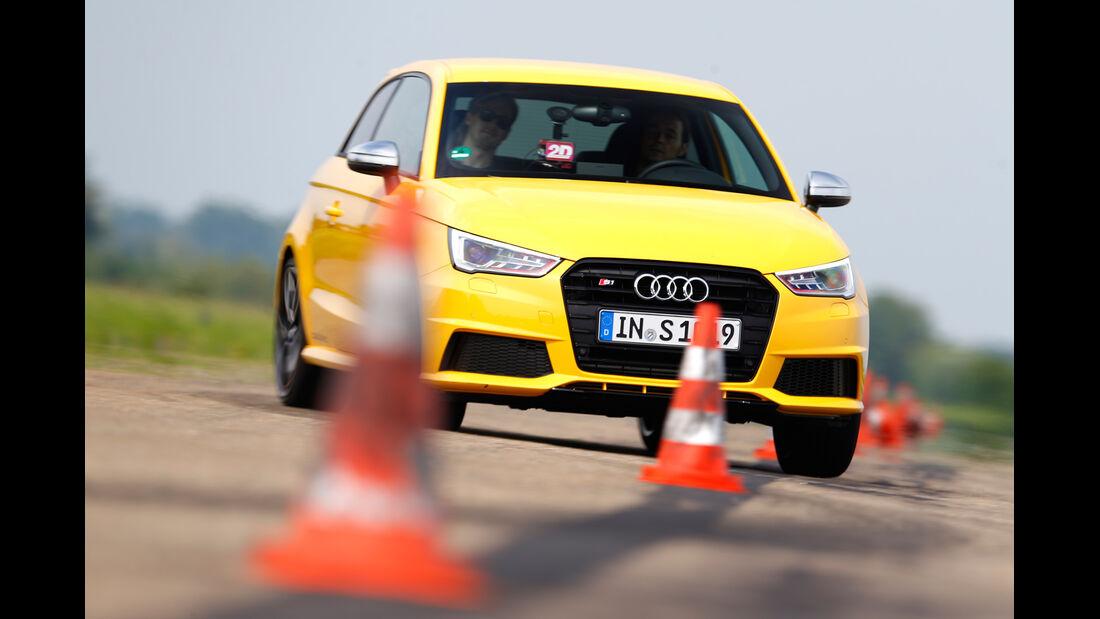 Audi S1, Frontansicht, Slalom