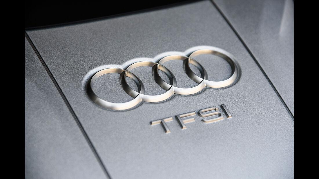Audi S18