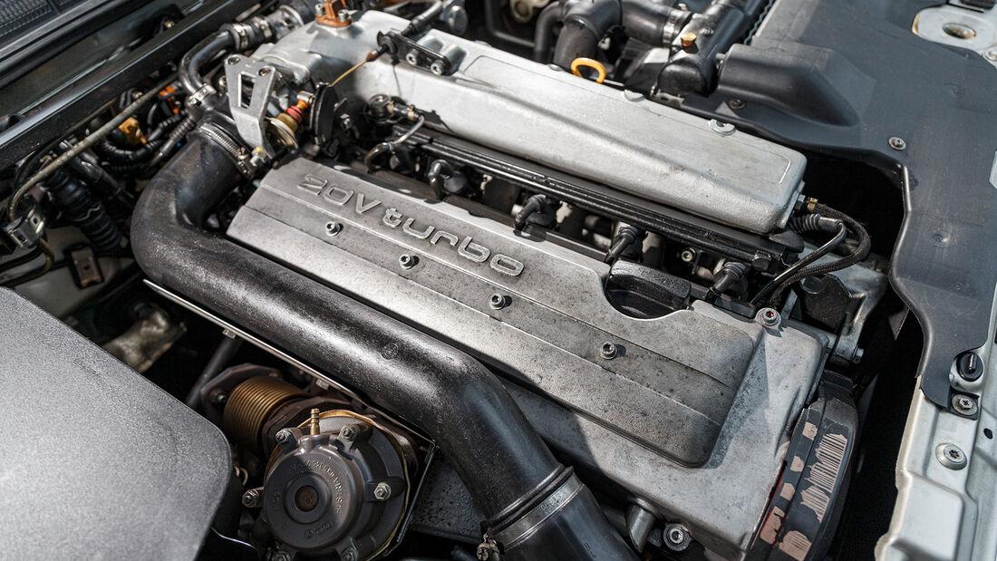 Audi S2 Avant, Motor