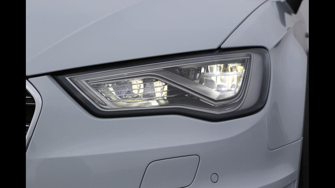 Audi S3 2.0 TFSI, Frontscheinwerfer