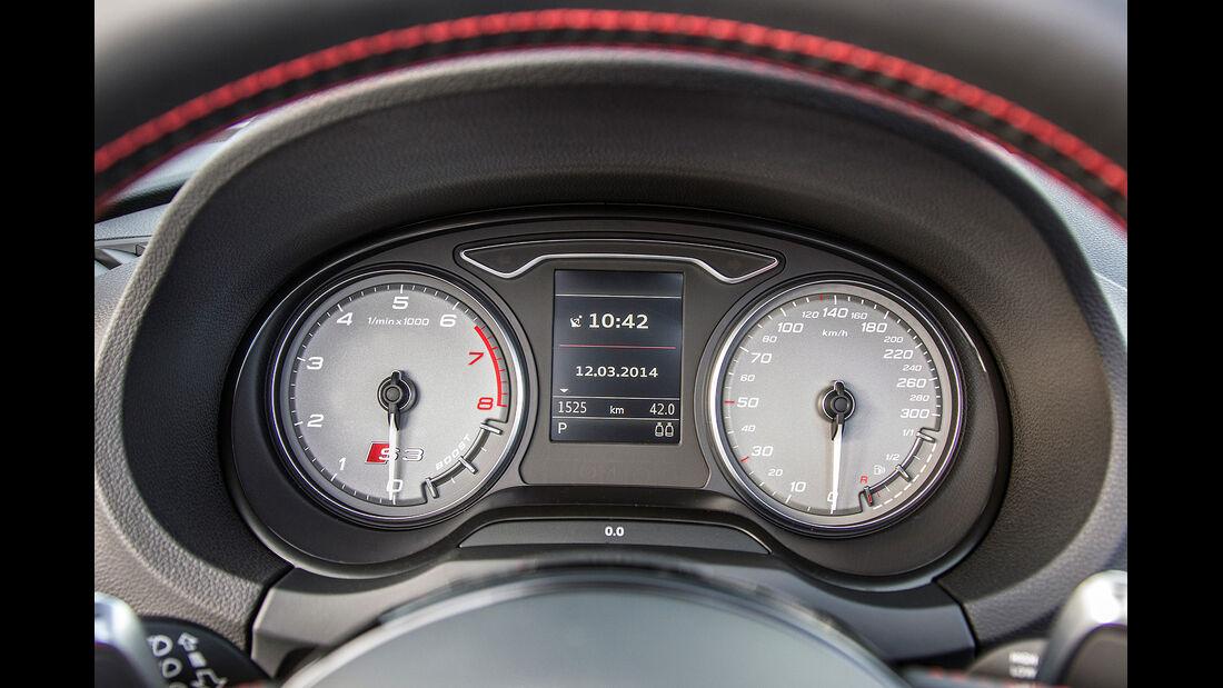 Audi S3 Cabrio, Instrumente