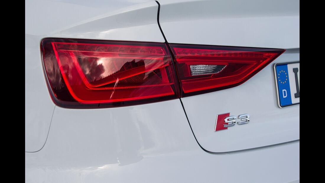 Audi S3 Cabrio, Rücklicht