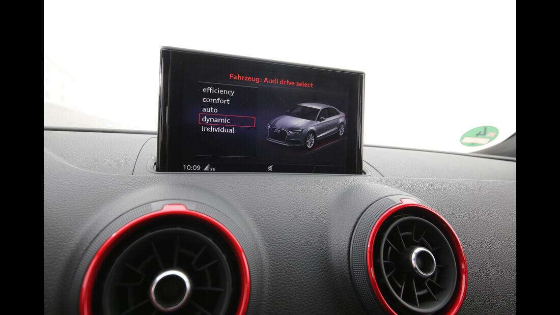 Audi S3 Limousine 2.0 TFSI Quattro, Infotainment