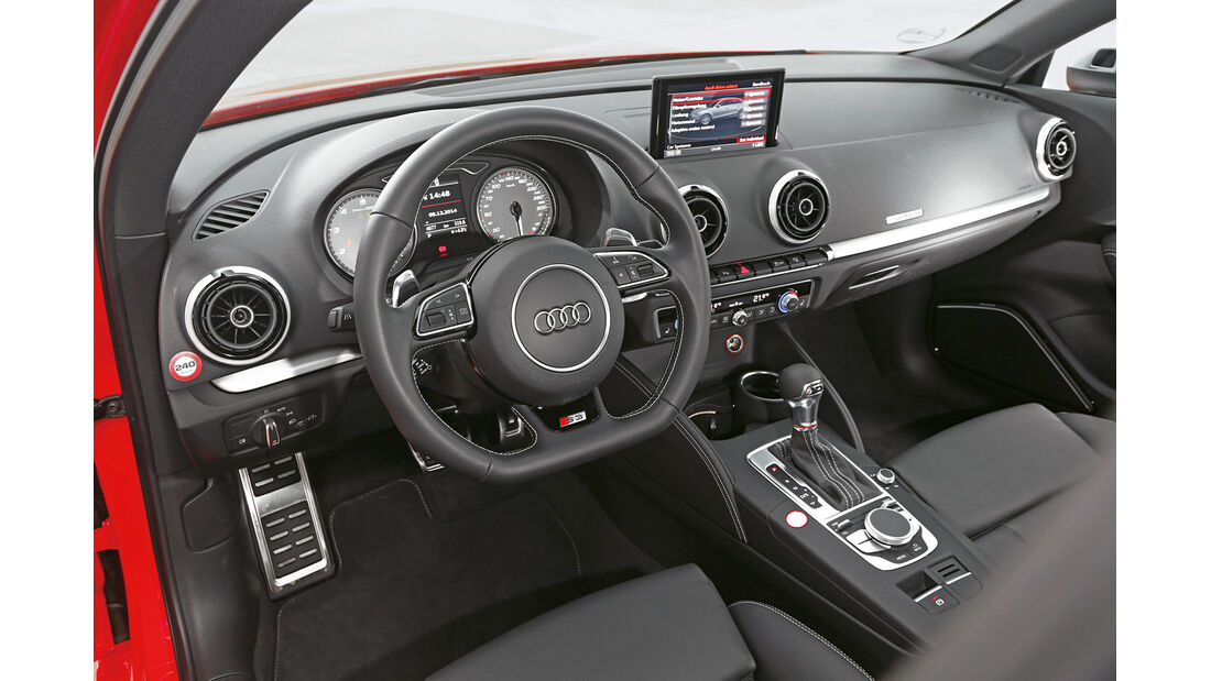 Audi S3 Limousine, Cockpit