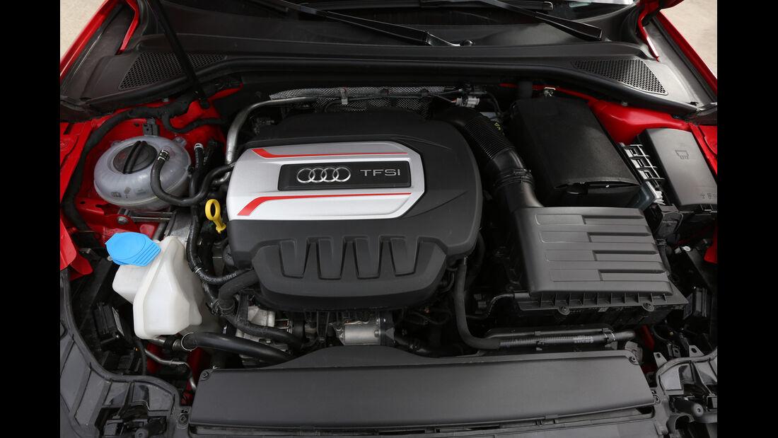 Audi S3 Sportback, Motor