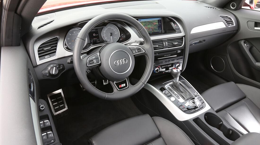 Audi S4 3.0 TFSI, Cockpit