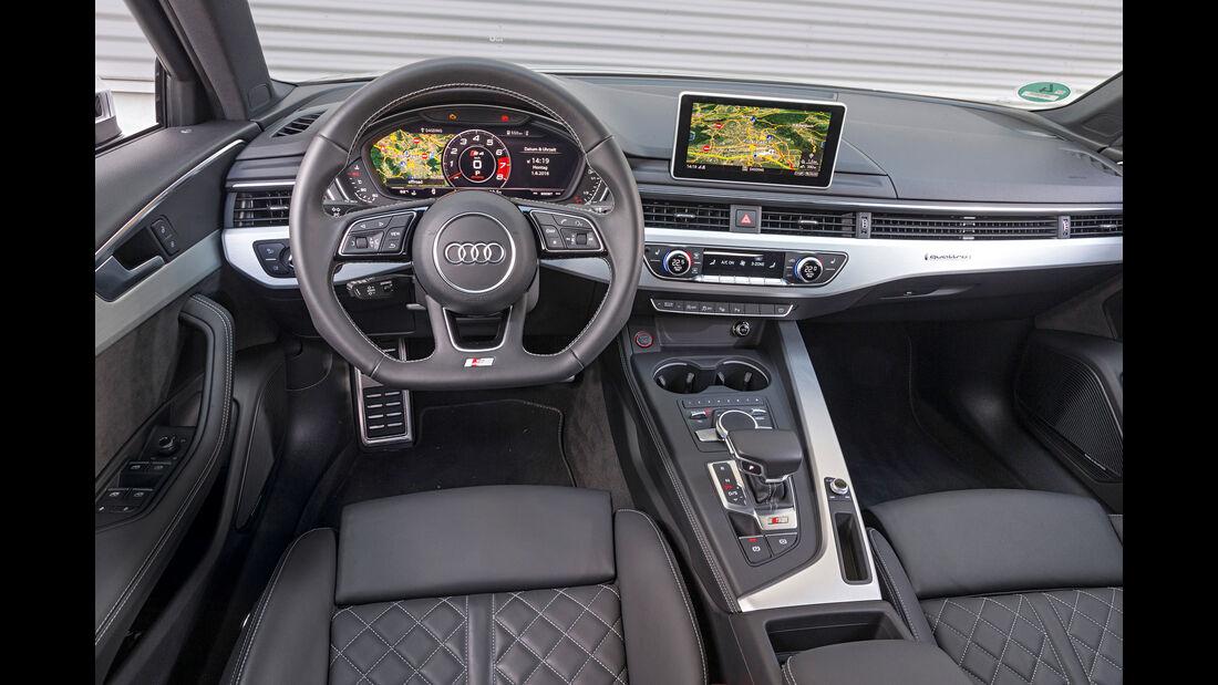 Audi S4 Avant 3.0 TFSI Quattro, Cockpit