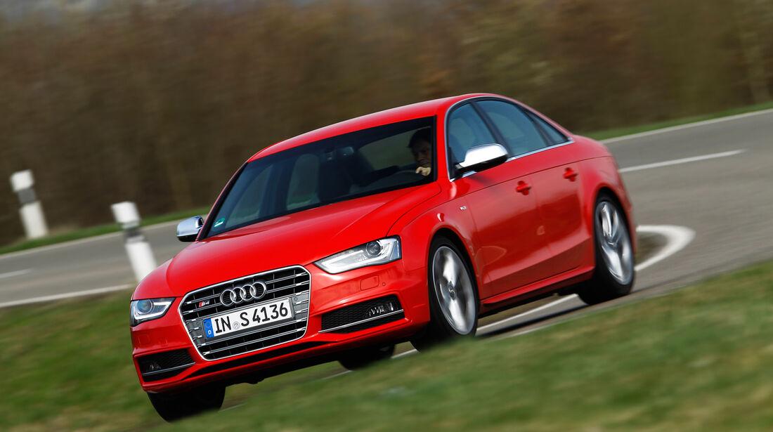 Audi S4, Frontansicht